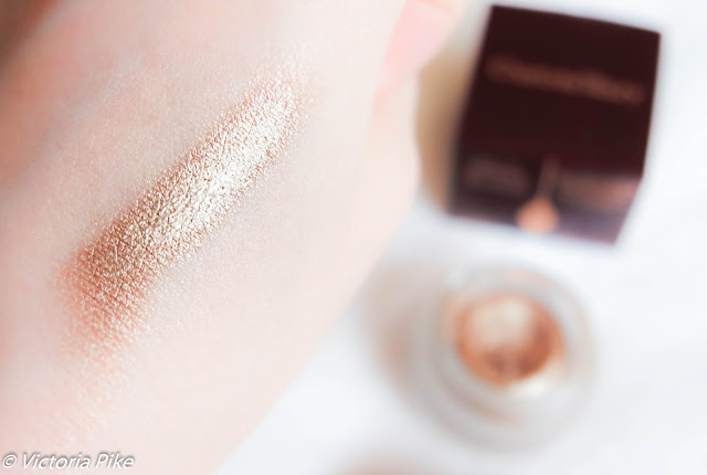 Charlotte Tilbury Eyes to mesmerise Bette swatch