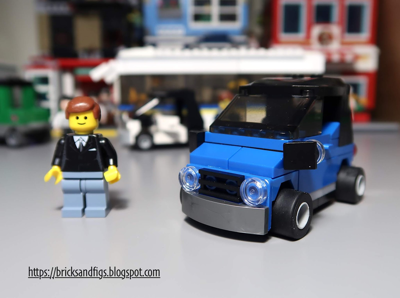 Hello There And Welcome Back To Bricks Figs My Blog About Lego Compatible Sets Today I M Going Look At This Cool Little Smart Car Made By