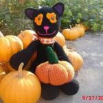 https://www.lovecrochet.com/midnight-the-halloween-cat-crochet-pattern-by-melissas-crochet-patterns