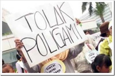 Menolak Poligami di Papua