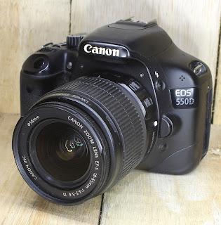 Kamera Second - Canon Eos 550D Fullset