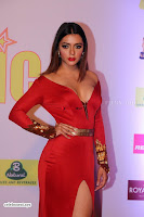 Bollywood Celebs at mirchi music Awards 2018 ~  Exclusive 037.jpg