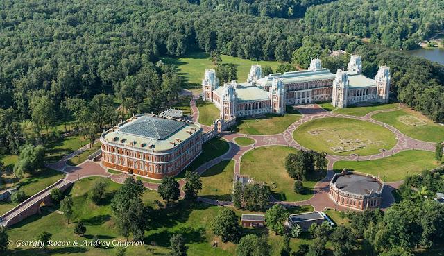 В Москве парки закрыли из-за штормового предупреждения