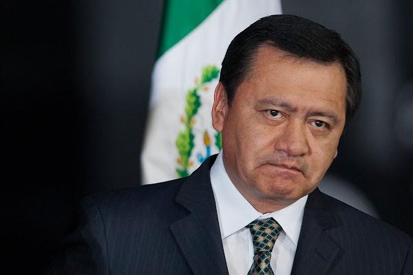 """Osorio Chong dice que el Huracan """"Katia"""" es como una mujer """"firme, dura y con mucha agua"""""""