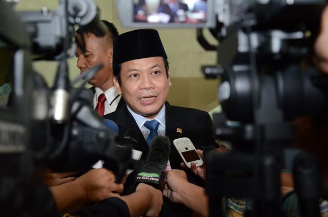 Utang Terus Meningkat, DPR ke Jokowi: Jangan Susahin Anak Cucu Kita