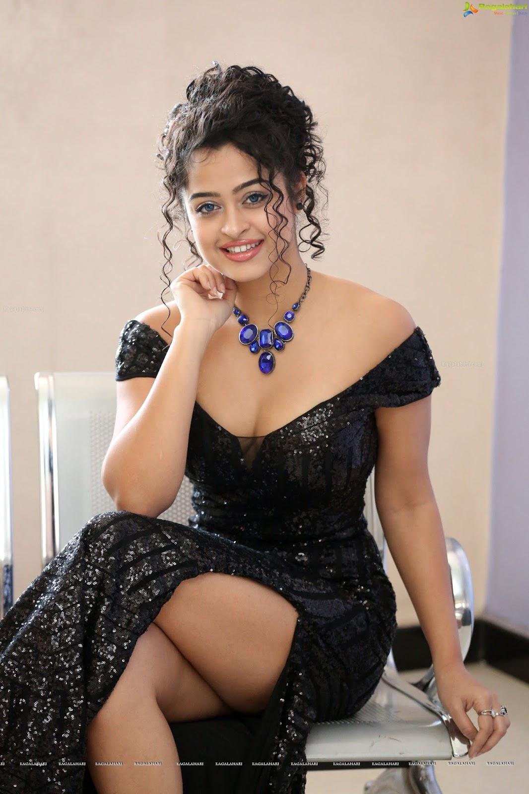 Anketa Maharana Hot in Bikini. OMG so Spicy! - Telugu ...