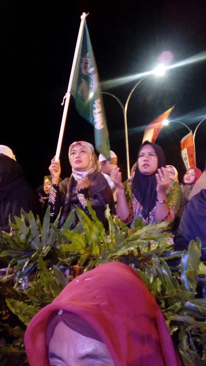 Nunik Hadiri Lampung Bershalawat Di Polda Lampung