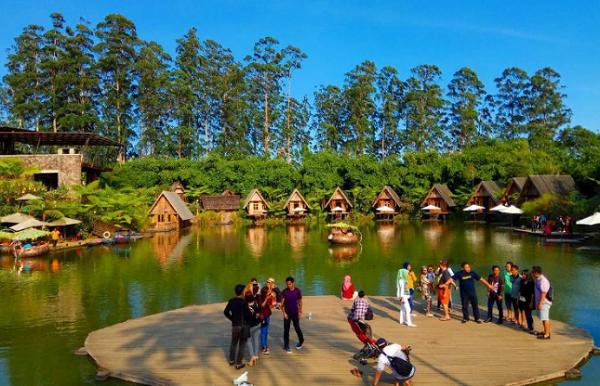 Tiket Masuk Dusun Bambu Lembang, Tempat Wisata