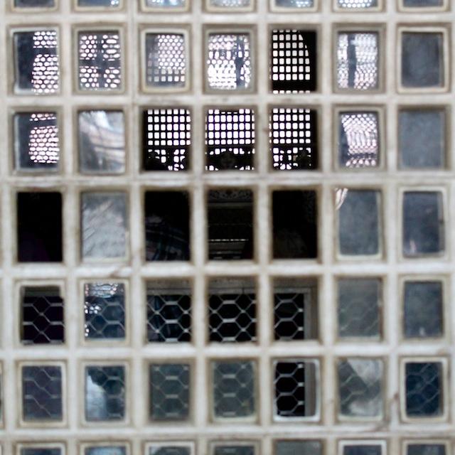Taj Mahal Intiassa, kuvattuna järjestelmäkameralla vuonna 2011: lähikuva