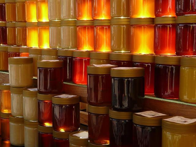 Secrets de beauté : le Miel en cosmétique - Blog beauté Les Mousquetettes