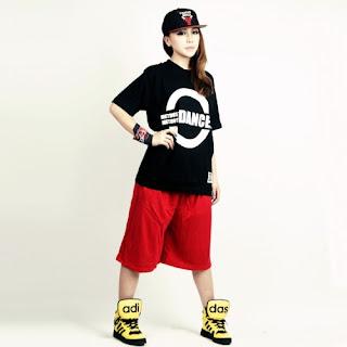 áo thun in hình phong cách hiphop