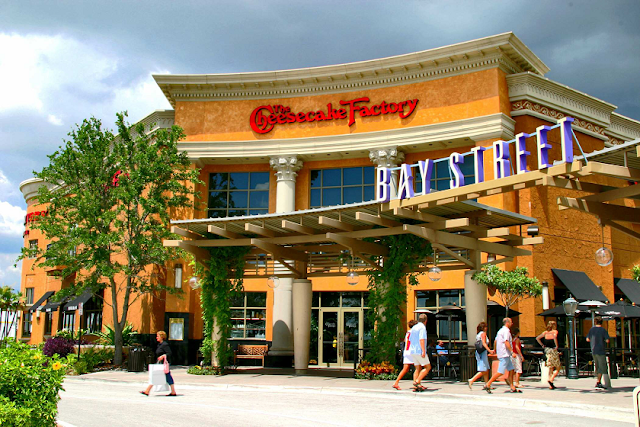 Shopping International Plaza and Bay Street em Tampa