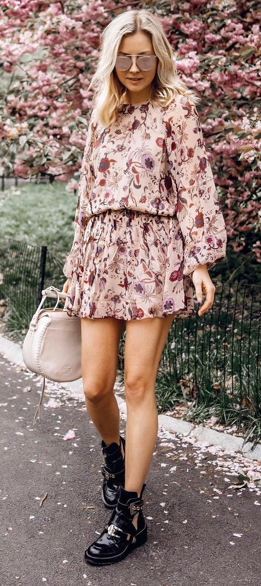beautiful spring outfit idea: printed dress + boots