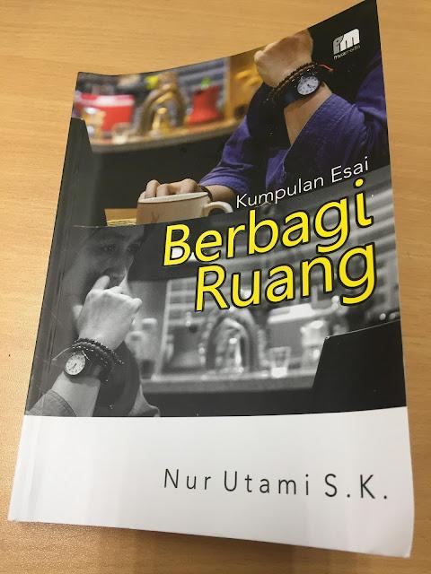 #ReviewBukuBerbagiRuang, buku tentang esai, review buku nur utami