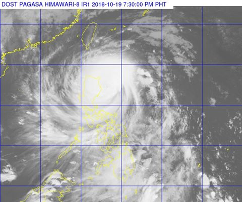 Super Typhoon Lawin maintains strength, Signal No. 5 up in 6 areas