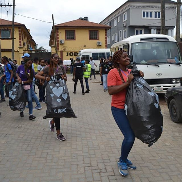 delivering food to the less privileged