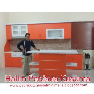 Gambar Kitchen Set Minimalis Halim Jakarta Timur