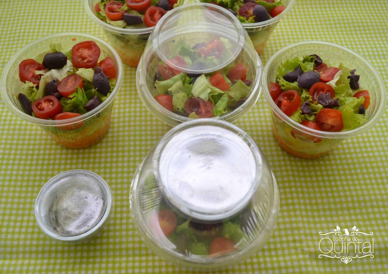 Pote G 677 e potinho G 695, duas embalagens da Galvanotek perfeitas para a sua Salada no Pote. Na Cozinha do Quintal!