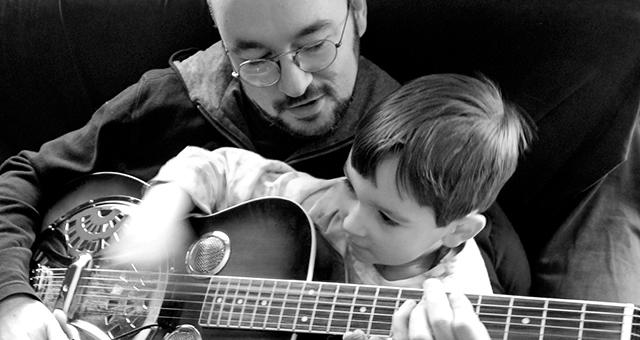 Baixe 32 Músicas para Homenagear os Pais