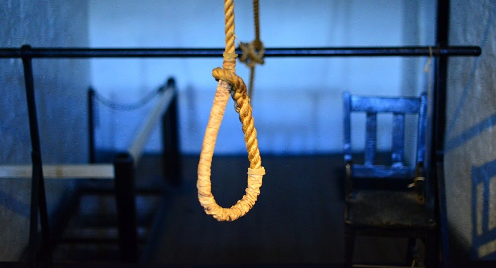 Δεκατριάχρονος κρεμάστηκε επειδή το κορίτσι που αγαπούσε τα είχε με άλλο αγόρι