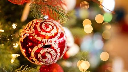 Christmas Ornament. Xmas Lights