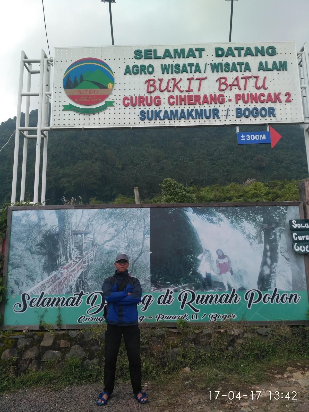 Obyek Wisata Yang Wajib Dikunjungi Air Terjun Curug Ciherang