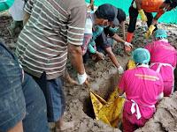 Kematian Dianggap Tak Wajar, Makam Mulyono Warga Ponorogo Dibongkar