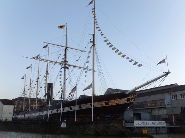 bristol harbour port ss great britain brunel bateau