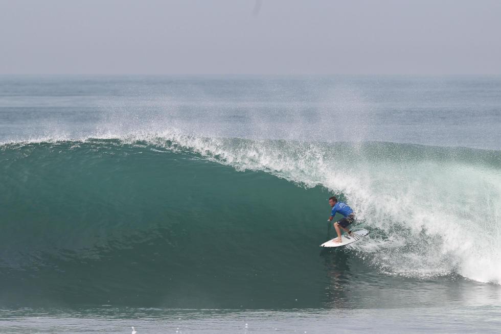 Komune Bali Pro keramas 01