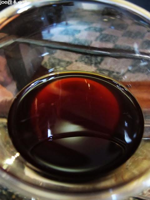 IMG 0209 - 【台中咖啡】隱藏在老舊市場裡的咖啡香 『奉咖啡』讓老闆奉上一杯帶著古早氣味的咖啡吧 台中咖啡 單品咖啡 忠信市場 黑咖啡 寶可夢