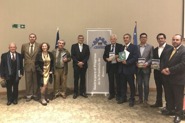 """lanzamiento del libro """"Pensando la Provincia de Osorno a más de 20 años"""""""