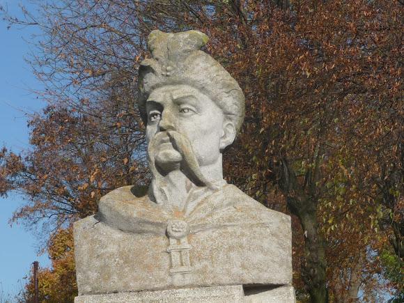 Жидачів. Пам'ятник Богдану Хмельницькому