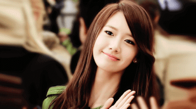 Foto Yoona SNSD menyapa fans