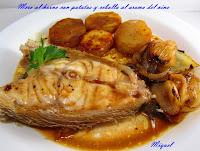 Mero al horno con patatas y cebolla al aroma del vino