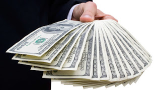 PERSONAL FINANCE; Deciding How to Cash In an Annuity