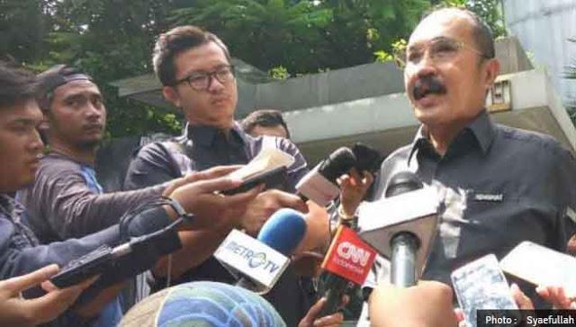 Novanto Dicari KPK, Pengacara Jawab Ada Tugas Negara Penting