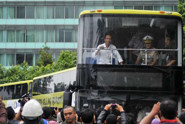 Unik Dan Kocak.. Om Telolet Om Mendunia, Netizen Minta Jokowi Jadikan 2112 Sebagai Hari Libur Nasional