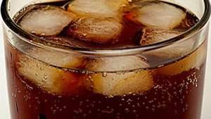 minuman bersoda, berkarbonasi, soft drink