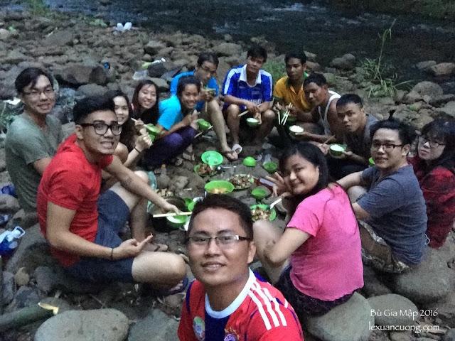 Bữa tối giữa rừng Bù Gia Mập