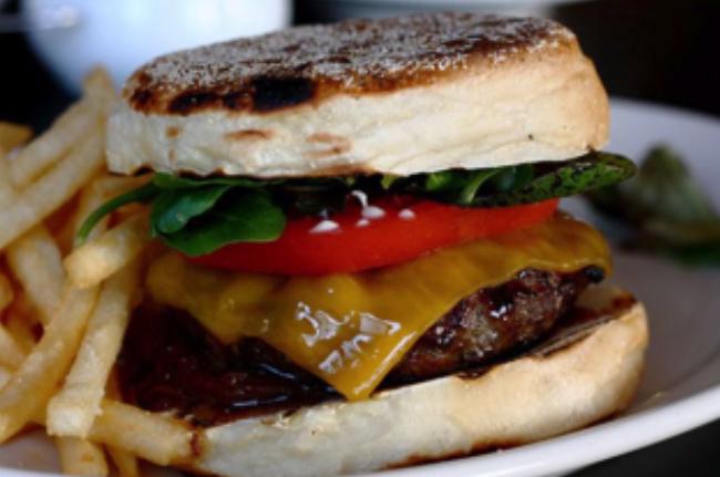 Τα burgers  αρέσουν σε όλους μας!