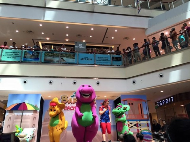 HÜBSCH JESS BABY: Barney's Beach Party at City Square Mall