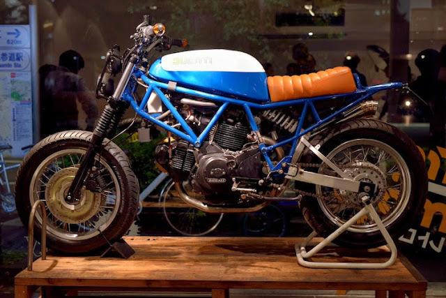 Retro Custom Motor Bike Exhibition