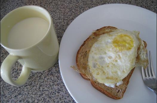 makanan berbahaya Susu Kedelai Dengan Telur