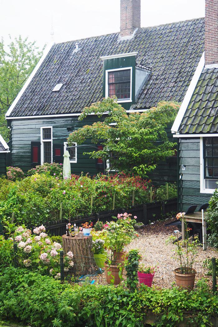 amsterdam travelguide, reisetipps amsterdam, zaanse schans, volendam, edam, ausflüge amsterdam, magnoliaelectric travelguide