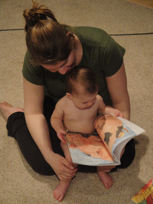 Tuesdays Toddler Tales - We love to read!