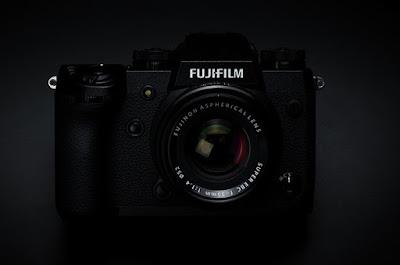 Review spesifikasi kamera Fujifilm X-H1