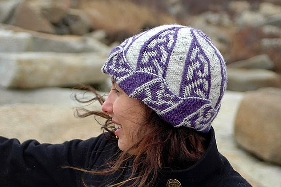 Double knitting hat pattern from Etsy and Extreme Double Knitting.