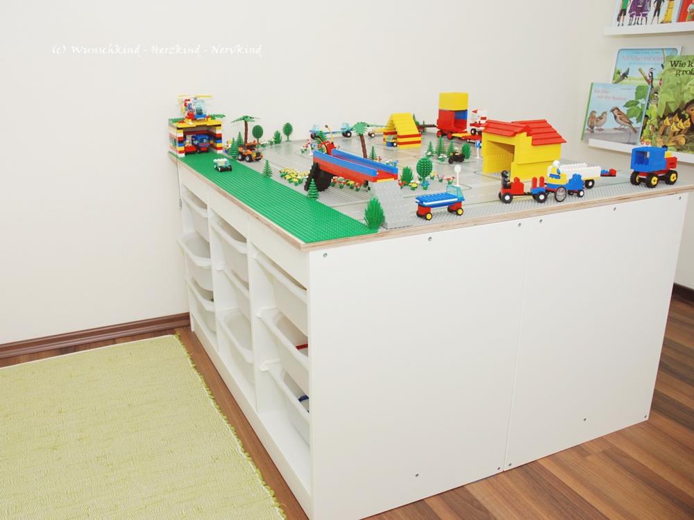 Wunschkind  Herzkind  Nervkind Unser Legotisch! Ein