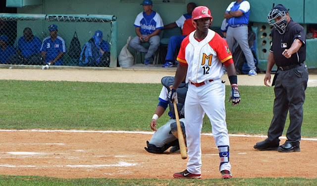 Jefferson Delgado, de 33 años de edad, natural de la central provincia de Villa Clara, tuvo en 2016 su campaña consagratoria con 114 hits en 283 veces al bate (403), 59 carreras anotadas, 51 impulsadas y 25 extrabases.