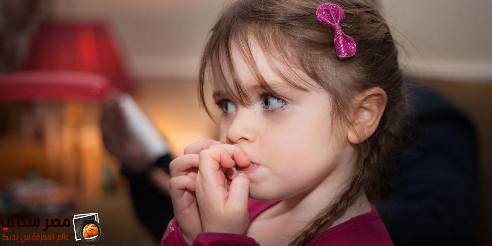 قضم الأظافر عند الأطفال - الحل والعلاج Biting fingernails